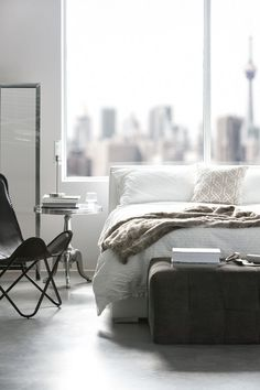 How to furnish your Toronto Airbnb listing.