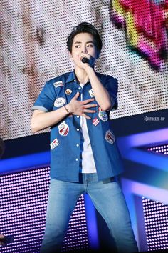 #Xiumin - 150706 SMTown Live World Tour IV in Tokyo Credit: Freeze Up.