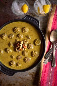 LAMB KOFTA CURRY ~~~ this recipe is shared with us from her mother's kitchen.  [India] [indiansimmer] [kofta, koftesi, kofte, kufta, kafta, koofteh, kufteh, keftedes, keftes, qofte, kefta, kifta, kyufta, kufte, cufta, cufte, kyufte, kjofte, chiftea, meatball, meatballs]
