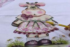 26/08/2013 Pintura country no pano de prato: vaquinha – Gislaine Mara - Pintura em tecido