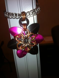 """Chain mail jewellry.  A six point scale star on a persian 3-in-1 necklace.  Pendants can be done in various colours.  """"Like"""" us on facebook  Bcchains Chain Mail and More. Chain Mail, Persian, Scale, Pendants, Colours, Facebook, Jewelry, Weighing Scale, Jewlery"""