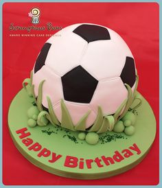 Madagascan vanilla football, filled with vanilla buttercream... hexagons and pentagons took FOREVER!  Visit my website or follow me on Facebook, Blogger or tweet me on Twitter  Sx