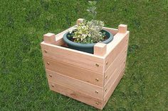This is a simple guide for making a fun wooden planter.It's a basic project, but the end result is something to be proud of.There are no complex woodworking