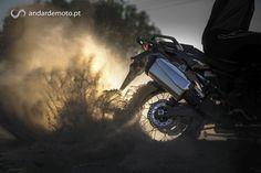 A Honda preparou uma apresentação Ibérica para asua mais recente moto: A tão aguardada CRF1000L Africa Twin. Foi em Almeria, mais concretamente no seu espectacular deserto, que tivemos oportunidade de nos tornarmos íntimos desta tão badalada moto. Saiba quala nossa opinião.
