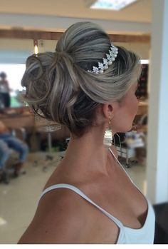 wedding updo with headband Updo With Headband, Bride Headband, Crown Headband, Tiara Hairstyles, Wedding Hairstyles, Wedding Updo, Prom Updo, Quinceanera Hairstyles, Updo Hairstyle