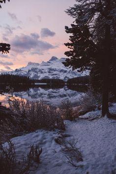 i-long-to-travel-the-world:  teapalm: (Tasha Marie)   Sunrise...