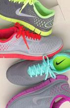 This pair of popular Nike shoes really good-looking, not only good quality, but also very cheap. Some styles only $19, come and get it now.