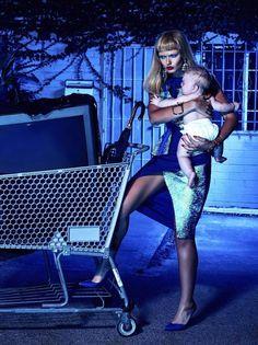 Glassbook Magazine - La Femme Au Foyer