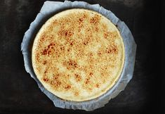 Crème brulée cheesecake i ugn Creme Brulee Cheesecake, Fika, Tart, Food And Drink, Pudding, Sweets, Ethnic Recipes, Desserts, Dessert