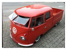 New vintage cars volkswagen vehicles 68 ideas Volkswagen Bus, Volkswagen Transporter, Vw T1 Camper, Vw T3 Syncro, Volkswagen Vehicles, Volkswagen Models, Kombi Pick Up, Carros Vw, Combi Ww