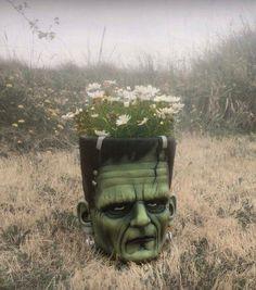 Frankenstein-planter