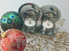 Christmas Double Candle Holder with Snowman Design and Free Coloured LED Candles    Candle Holder Dimensions: 16cm X 6cm X 9Cm  Candle dimensions: 5cm wide and 2.5cm high  2 X Free coloured LED candles included  1 x White Box    Only $15.00 plus Shipping World Wide   Shop this product here: http://spreesy.com/itstartedwithagift/33   Shop all of our products at http://spreesy.com/itstartedwithagift      Pinterest selling powered by Spreesy.com