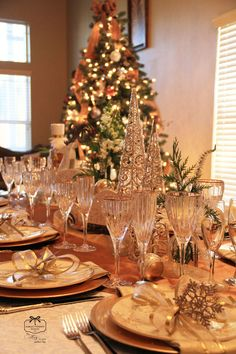 Holiday table snowflakes and gold