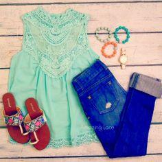 Zeliha's Blog: Denim Jeans With Top Amazing Mint Lace {such fun colors} #40pluscasualstylechallenge