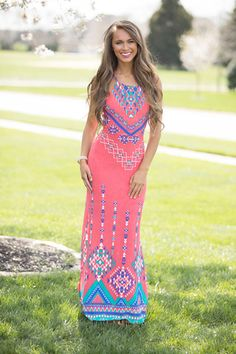 Embrace your Boho chic aesthetic in boutique maxi dresses that are  effortlessly stylish. Uncover an assortment of fashionable 60cb7856f