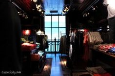 Getting interior design inspiration from Hollister store in Cambridge
