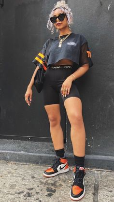 biker shorts outfit with jordans Chill Outfits, Dope Outfits, Short Outfits, Trendy Outfits, Summer Outfits, Fashion Outfits, Fashion Trends, Looks Style, Looks Cool