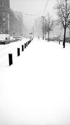 Mediaa sisältävät twiitit käyttäjältä Satu Ylävaara (@SatuYlavaara) | Twitter Street Photography, Snow, Twitter, Outdoor, Outdoors, Outdoor Games, The Great Outdoors, Eyes, Let It Snow
