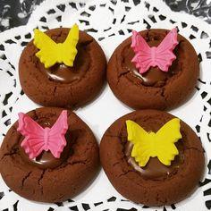 Çikolatali kurabiye, şeker hamurlu süsleme