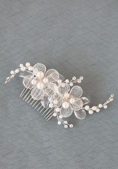 Hair comb! So pretty!!! :)