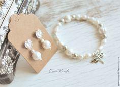Купить Комплект украшений с жемчугом, посеребренная фурнитура - белый, жемчуг, браслет, серьги жемчуг
