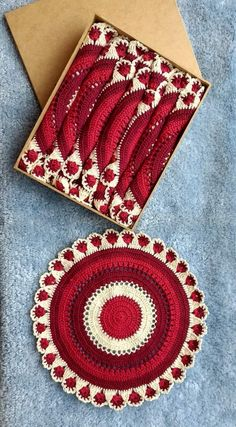 Crochet Bib, Crochet Coaster Pattern, Crochet Edging Patterns, Crochet Mandala Pattern, Christmas Crochet Patterns, Freeform Crochet, Crochet Round, Tapestry Crochet, Cute Crochet