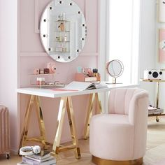 Benefit Cosmetics and PBteen Just Created the Dreamiest Mid-Century Modern Bedroom Collection For Girls Mid Century Modern Bedroom, Glam Room, Home Living, Living Room, Beauty Room, Dream Rooms, Luxurious Bedrooms, My New Room, Room Inspiration