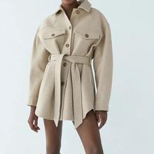 Sport n' chic Veste vintage femme – sport n' chic Winter Coats Women, Coats For Women, Jackets For Women, Clothes For Women, Grunge Look, Soft Grunge, Mantel Vintage, Mode Mantel, Coats
