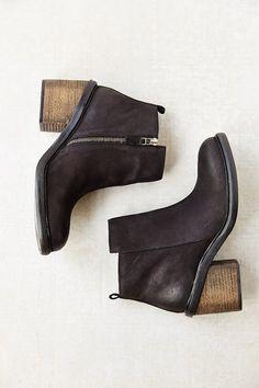 Silence & Noise Silence + Noise Chunky Zipper Boot on shopstyle.com