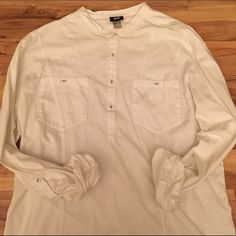 Men's H&M white Henley! Like new!  This is a men's Henley by H&M. Worn once and has been in a closet since! This is a great item to throw on during the summer months & while the weather begins to warm up! Size is a men's XL. No stains, or holes!  H&M Tops Button Down Shirts