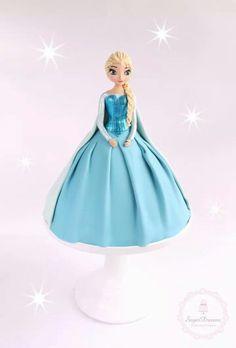 Elsa barbie cake Elsa Cakes, Barbie Cake, Frozen, Diy Crafts, Disney Princess, Disney Characters, Artwork, Prints, Feltro