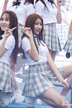 dedicated to female kpop idols. Gfriend Yuju, Gfriend Sowon, South Korean Girls, Korean Girl Groups, Girl With Pigtails, Gfriend Profile, G Friend, Pop Group, Ballerina