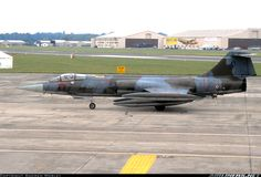 Italian Air Force Lockheed (Aeritalia) F-104S ASA Starfighter MM6831 / 4-22 (cn 783-1131) Belonging to 4 Stormo, seen just after arrival at RIAT97 as I4251B .
