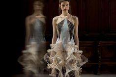 Iris van Herpen  behind the scenes couture show
