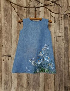 Let your child enjoy the wonderland of childhood with this sky blue linen dress for girl. - Organic Sky Blue Linen Dress For Girl With Rustic Country Flowers/ Girl Dress Pattern/ Baby Dress Pattern Flower Girl Dresses Country, Rustic Flower Girls, Girls Dresses, Painted Clothes, Himmelblau, Organic Baby Clothes, Baby Dress, Dress Girl, Dress Patterns