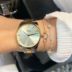 Gold Watch, Watches, Accessories, Fashion, Bracelet Watch, Moda, Wristwatches, Fashion Styles, Clocks