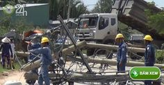 Xe ben quật ngã 8 cột điện ở Sài Gòn cô gái thoát chết - Tin tức 24h