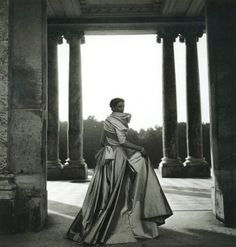a-state-of-bliss:  Christian Dior by Clifford Coffin 1948