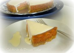 Cheesecake de goiabada com calda de queijo