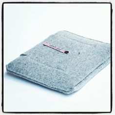 iPad Sleeve Gray  wool felt iPad 2 iPad 3 by Bookase on Etsy, $70.00
