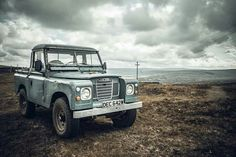 Land Rover 88 Serie III Pickup. Waiting for storm.
