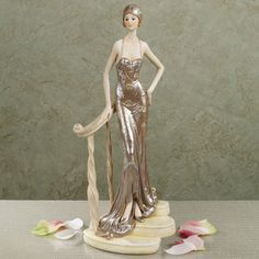 Cultivate a dramatic air with elegant lady figurines and shelf sitters. Browse art deco sculptures, Victorian lady figurines, and more statues inspired by these vintage era beauties. Half Dolls, Class Decoration, 1920s Art Deco, Flapper Style, Victorian Women, High Society, Bathing Beauties, Royal Doulton, Ceramic Art