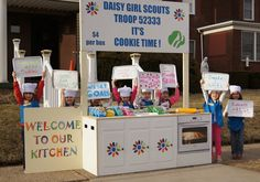 These adorable Daisy cookie chefs were the 3rd place winners in the 2015 Bling Your Booth contest!