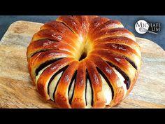 Bun Recipe, Easy Bread Recipes, Almond Cookies, Bread Crumbs, Sin Gluten, Recipe Using, Breads, The Creator, Butter