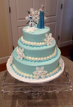 Gorgeous FROZEN Elsa cake