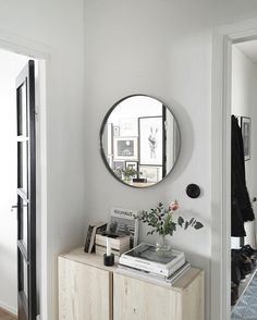 Ikea 'Ivar' cabinet in hallway with white stain. I like the round mirror! Fancy Living Rooms, Condo Living Room, Apartment Living, Hallway Inspiration, Interior Inspiration, Interior Styling, Interior Decorating, Interior Design, Ikea