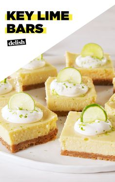 Key Lime Bars,Key Lime Pie Bars = Niedlich OverloadDelish Source by Key Lime Desserts, Köstliche Desserts, Delicious Desserts, Dessert Recipes, Lime Bar Recipes, Lime Squares Recipes, Key Lime Squares, Key Lime Pie Bars, Key Lime Cheesecake Bars