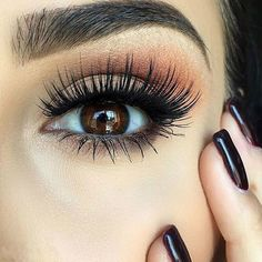 Oh those lashes!