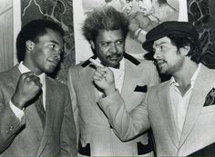 Sugar Ray Leonard, Don King and Roberto Duran. Boxing Posters, Boxing History, Boxing Champions, Billionaire Lifestyle, Sport Icon, Sports Stars, Sports Pics, Mike Tyson, The Big Four