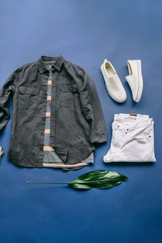 Our easy spring uniform is light layers, stripes, & white denim. Browse all new men's arrivals from Gap.
